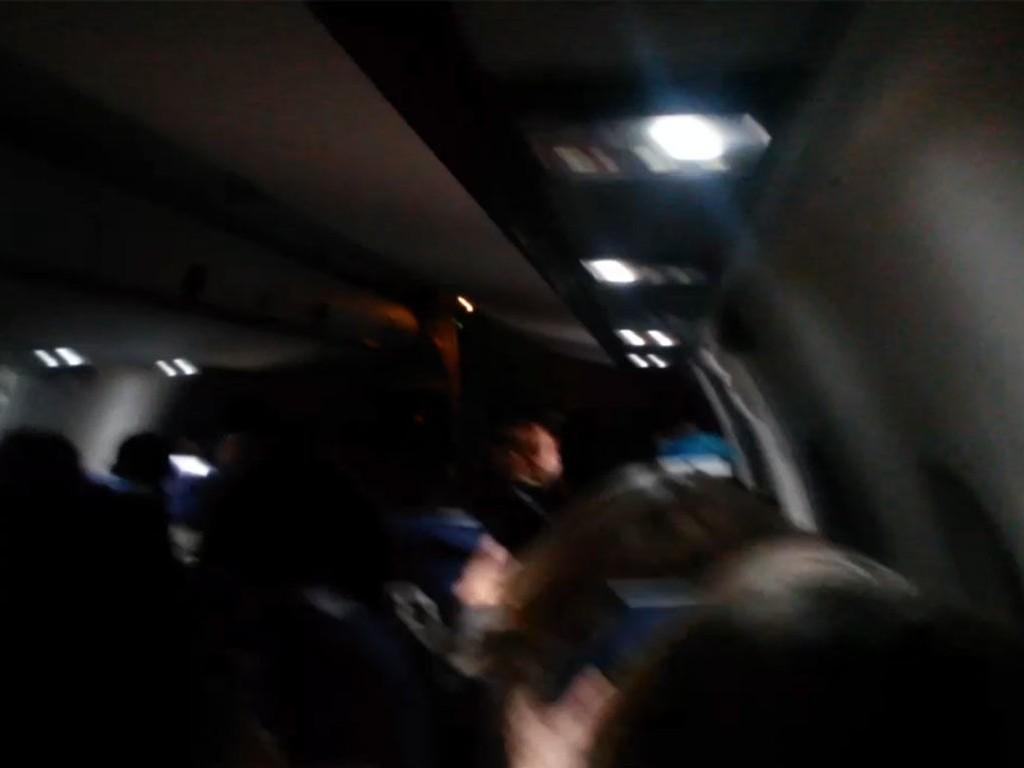RISTET KRAFTIG: Passasjerene om bord på Widerøe-flyet fikk oppleve skikkelig turbulens.