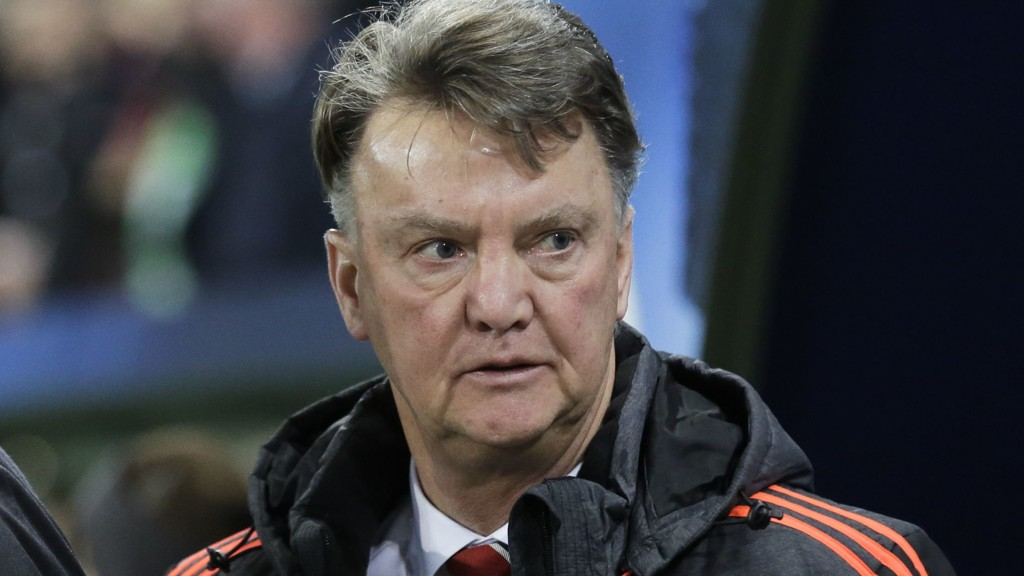 UNDER PRESS: United-manager Louis van Gaal er under hardt press etter at laget hans røk ut av Champions League.