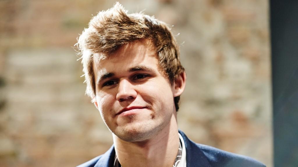 MESTER: Magnus Carlsen er fornøyd med at NRK fortsetter sin satsing på sjakk,