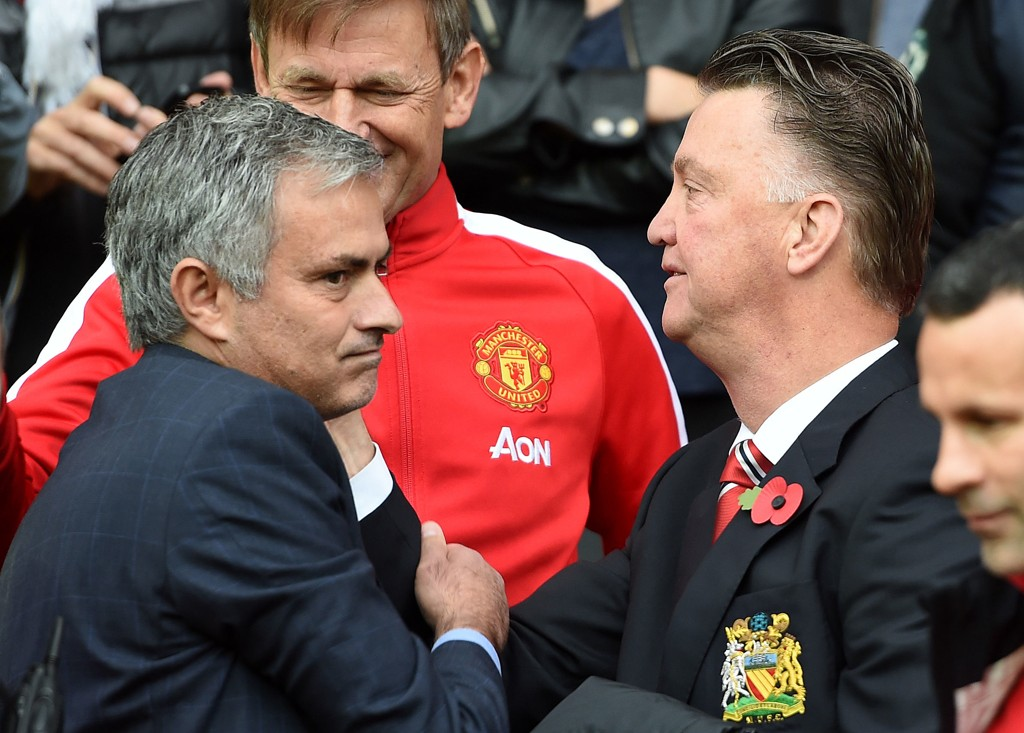 DRØMMER OM UNITED-JOBB: Louis van Gaal (til høyre) kan bli erstattet av José Mourinho, hvis sistnevnte får oppfylt det angivelige ønsket sitt.