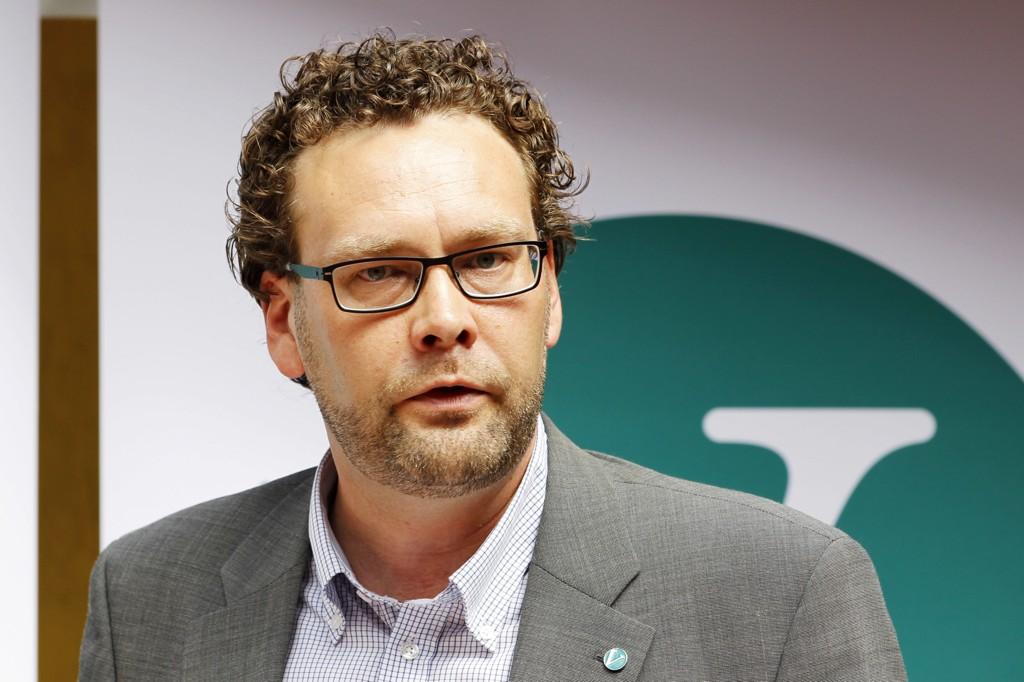 Tidligere nestleder i Venstre Helge Solum Larsen er død som følge av akutt sykdom. Han ble 46 år gammel.