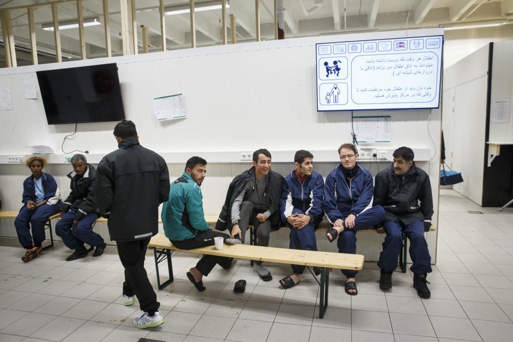 Kurdiske flyktninger fra Iran og Irak på ankomstmottaket i Råde.