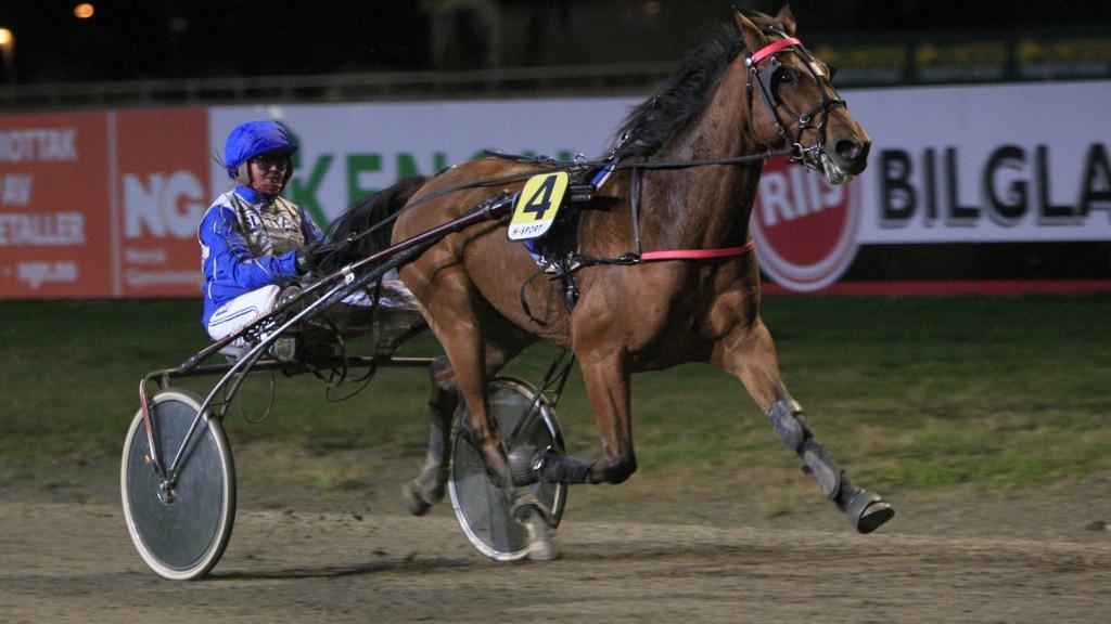 Hot Sugar og Veronika Bugge blir V65-omgangens største favoritt på Leangen mandag. Foto: HM.Auran/hesteguiden.com