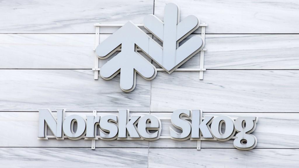 Norske Skog har nådd en avtale om et nytt byttetilbud og refinansieringsbetingelser med GSO Capital Partners og Cyrus Capital Partners.