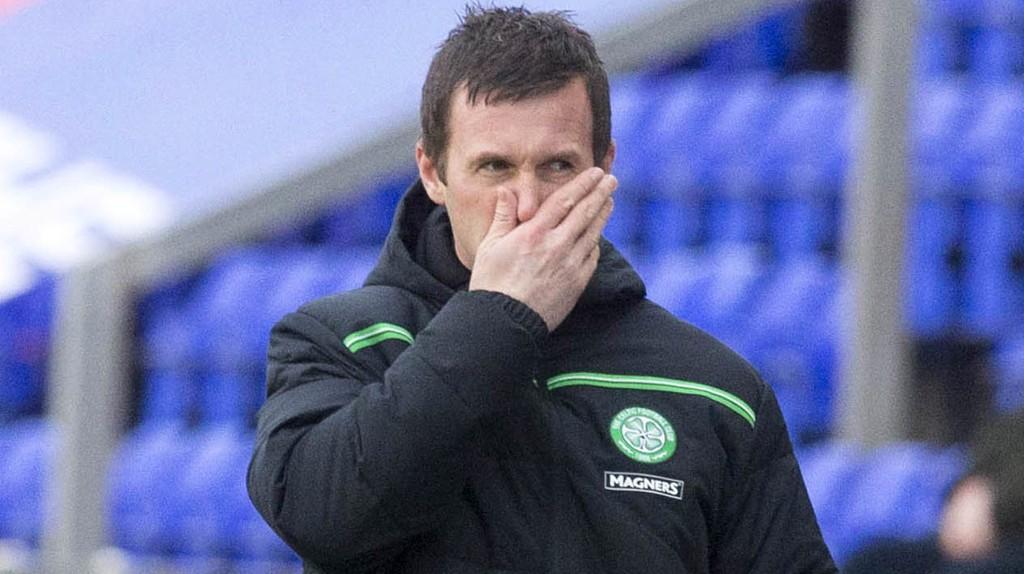 PRESSET: Celtic-manager Ronny Deila sliter med å få de skotske mesterne til å fungere.