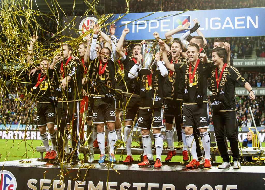 IKKE NOK: Det var ikke nok å bli både serie- og cupmester for å bli nominert til «Årets lag» på Idrettsgallaen.