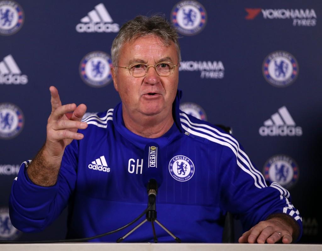 TILBAKE PÅ BROEN: Guus Hiddink er klar for andre runde som Chelsea-manager, og har en stor oppgave foran seg.