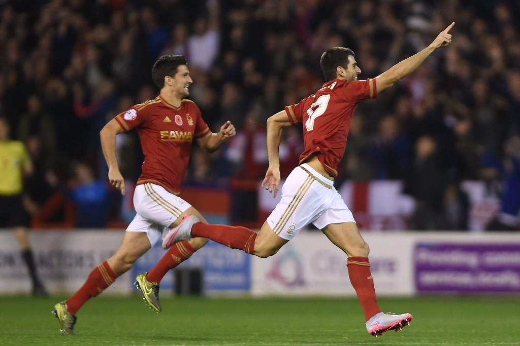 TOPPSCORER: Nelson Oliveira (høyre) er Nottingham Forests toppscorer denne sesongen.