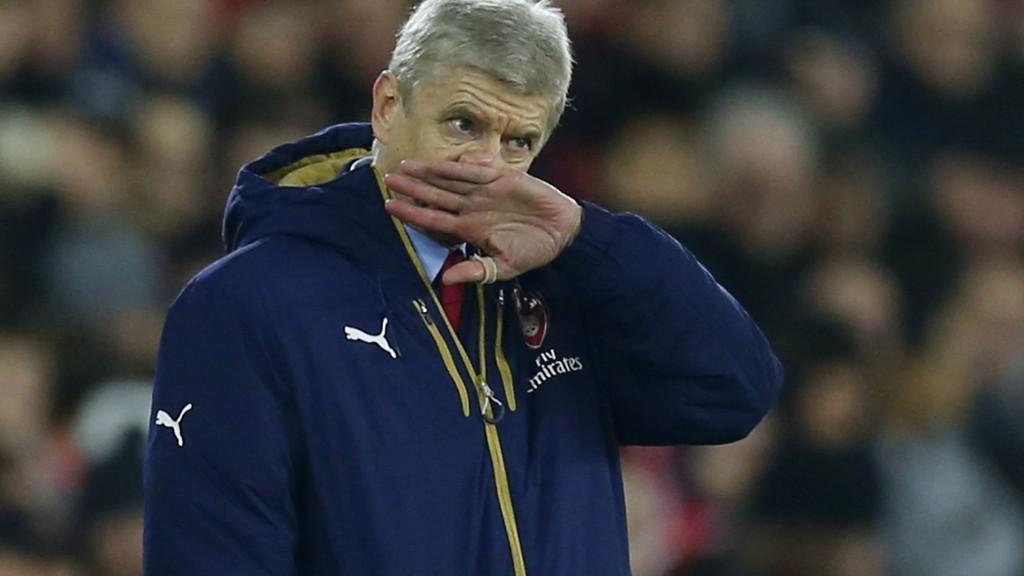 MISFORNØYD: Arsène Wenger var ikke fornøyd med dommeravgjørelsene da Arsenal tapte 0-4 for Southampton 2. juledag.
