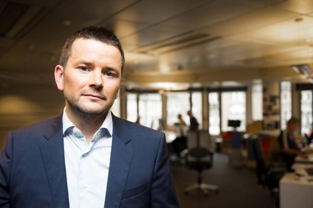MÅ KUTTE: Sjefredaktør Øyulf Hjertenes i BT måtte informere redaksjonen om at 25-30 stillinger skal kuttes i 2016.