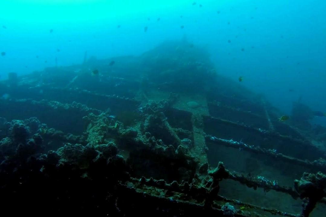 Siden midten av 1800-tallet og fram til i dag skal mer enn 8000 mennesker om bord skip og fly ha forsvunnet i Bermudatriangelet. Så sent som i oktober 2015 forsvant et tankskip sporløst. Det ble oppdaget på 4500 meters dyp en måned senere.