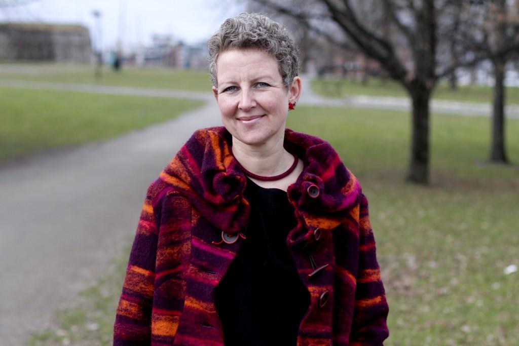 Side2 møtte psykiater Anne Kristine Bergem, som snakker om prestasjonspresset mange unge føler i dag.