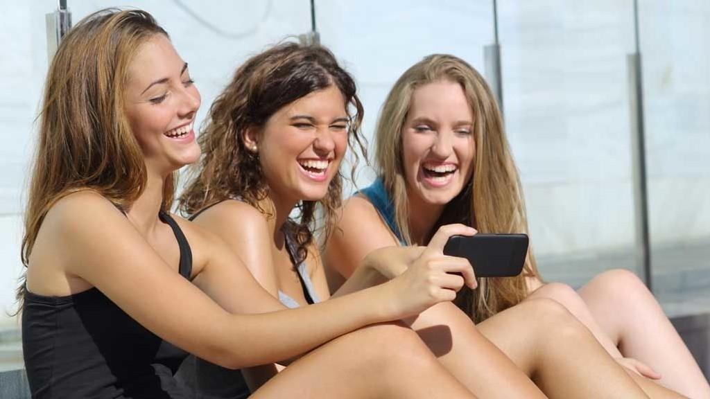 blir ungdommer dummere av sosiale medier