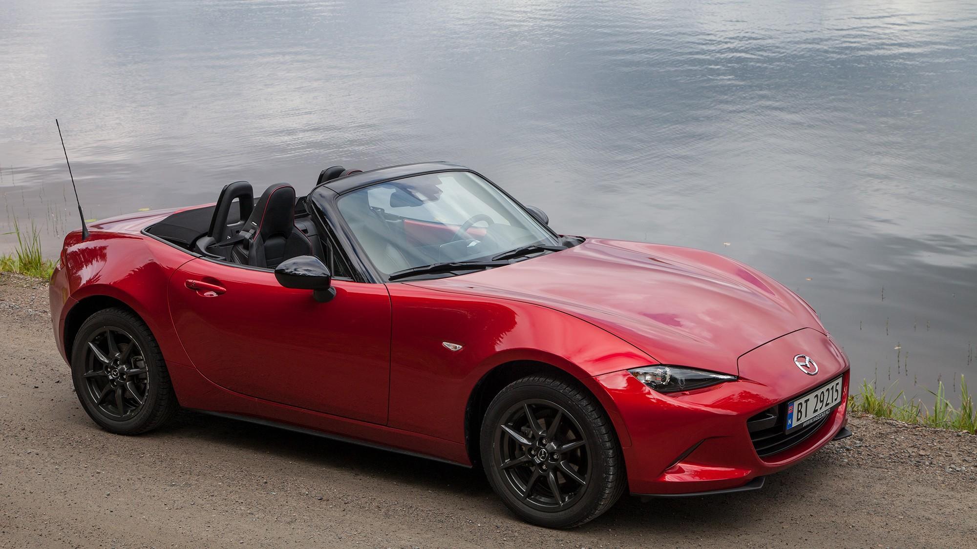 SNERTEN: Nye Mazda MX-5 er en snerten liten roadster med stort fokus på kjøreglede uten store kostnader.