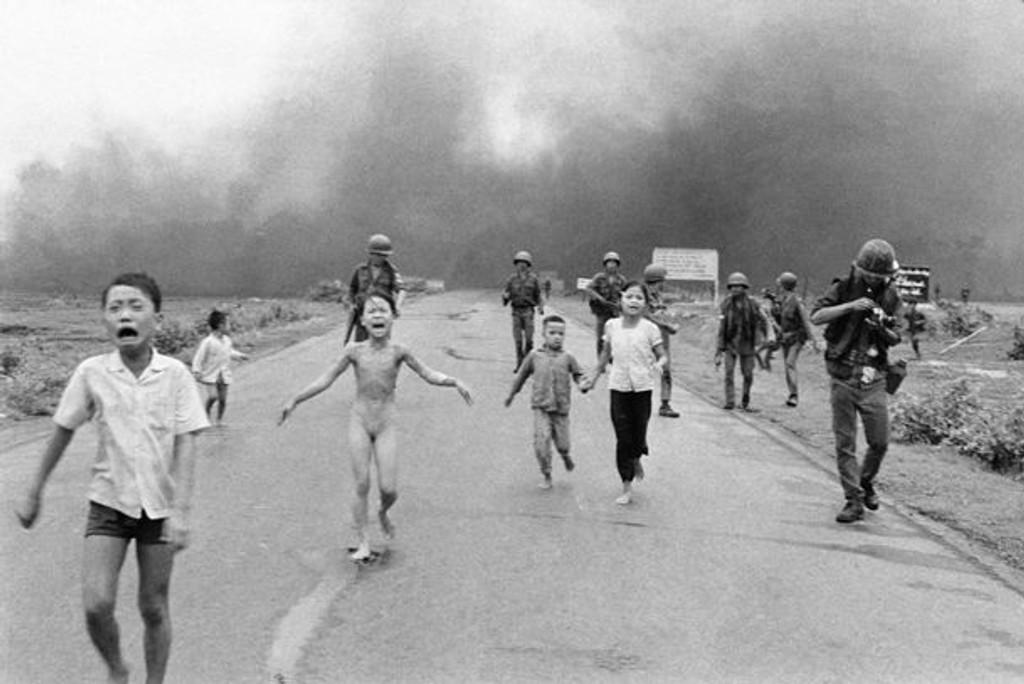 Facebook sensurerer et av verdenshistoriens viktigste bilder. Bildet av barna som flykter fra napalmbombing gjorde avgjørende inntrykk på den amerikanske opinionen under Vietnam-krigen.
