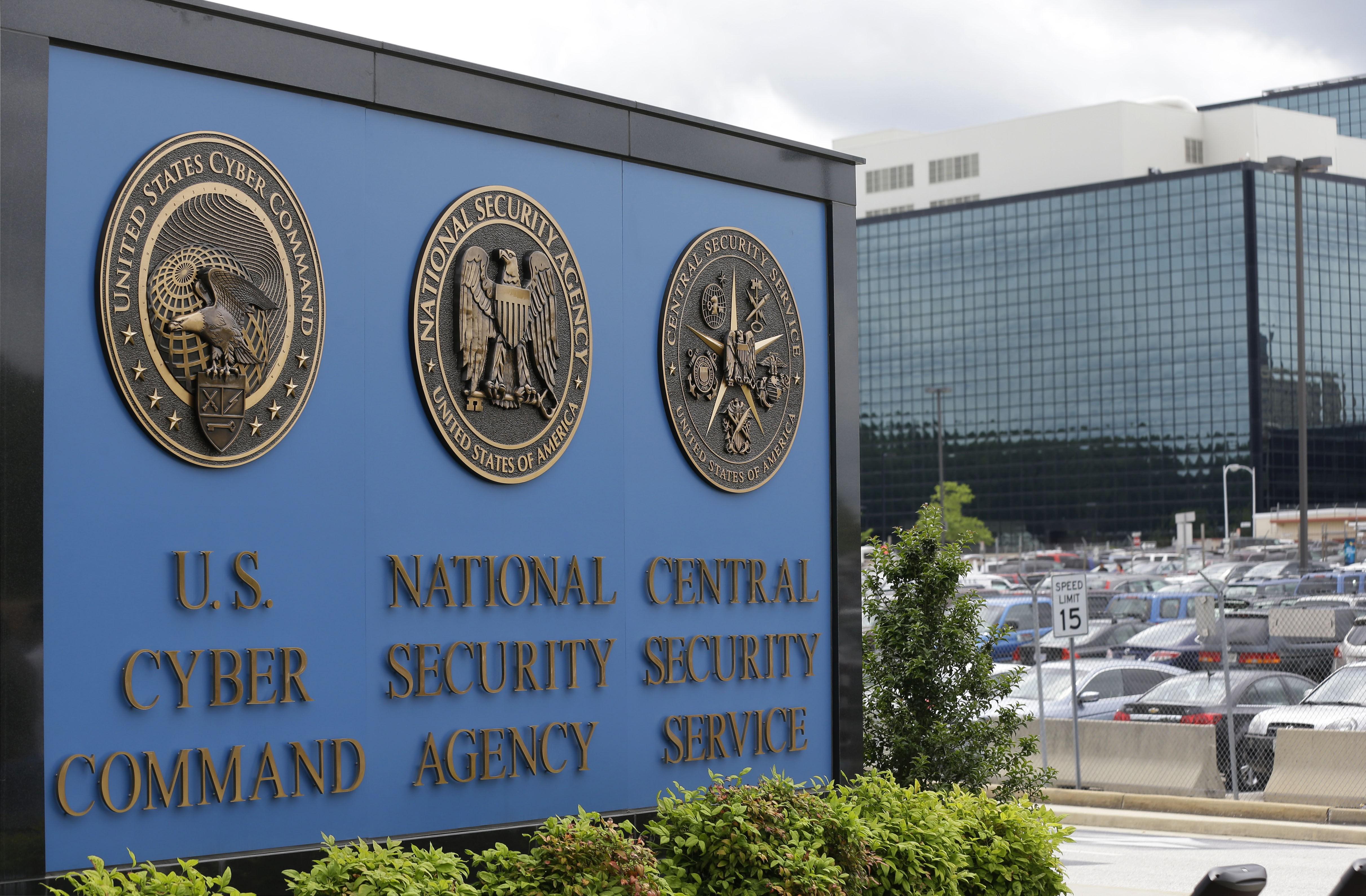 EN 51-ÅRING er arrestert for å ha tatt med seg dokumenter fra NSA.