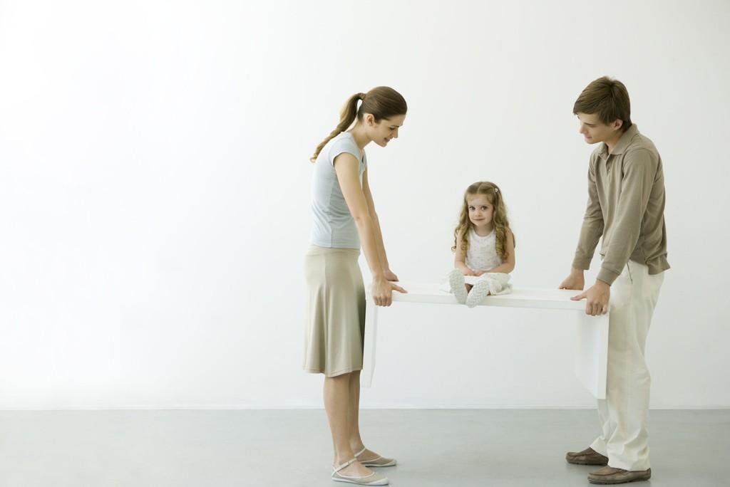 DAGENS FORELDRE er mer ettergivende enn foreldregenerasjonen før dem, mener relasjonsterapeut.