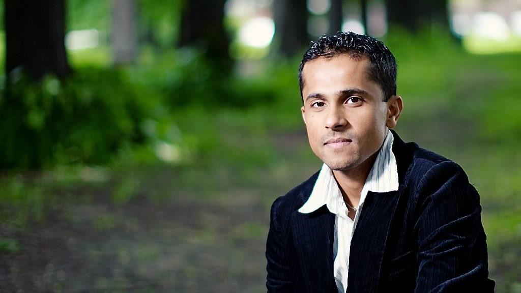 RETTER SØKELYS MOT MOSKÉER I OSLO: Men ikke alle har latt seg intervjue av Utrops Majoran Vivekananthan og hans team.