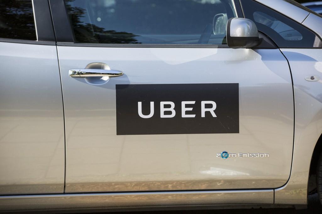 Politiet har lenge forsøkt å stoppe Uber-sjåførene.