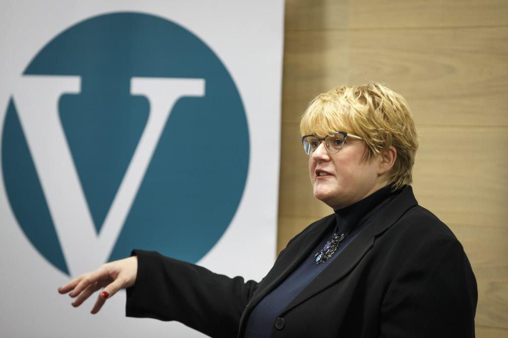 Venstre-leder Trine Skei Grande ba i en tale på Venstres landsstyremøte lørdag om at Ap må snu i innvandringspolitikken slik at Sylvi Listhaug ikke lenger skal få flertall for sin innstrammingslinje.