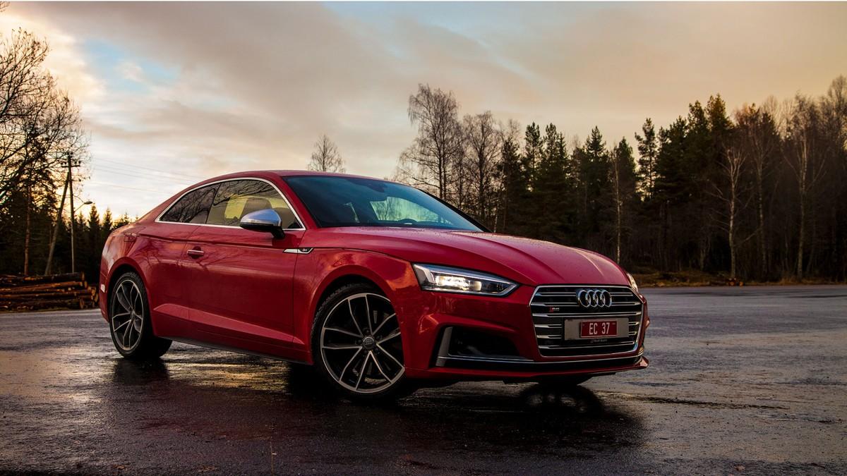 DET AUDI GJØR BEST: S5 er et strålende eksempel på at Audi blander sportslighet og komfort på en måte som skaper et suverent resultat.