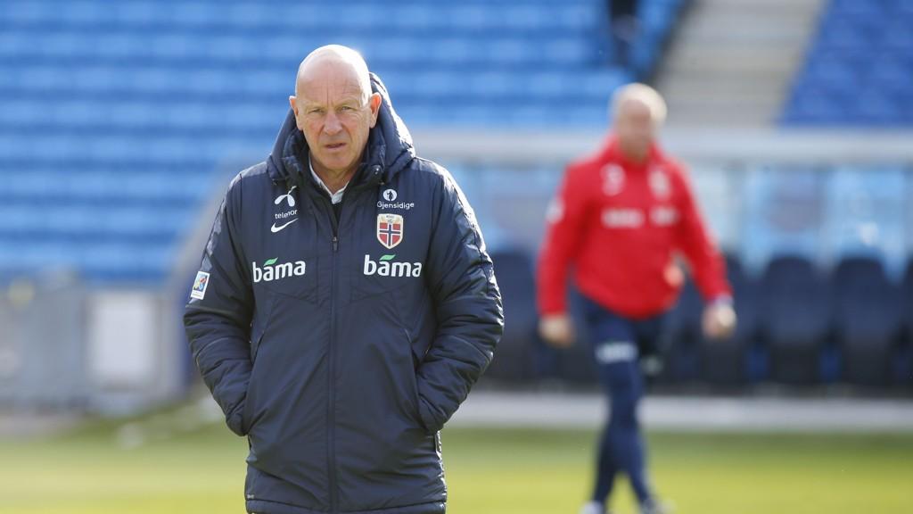 Toppfotballsjef Nils Johan Semb er i full gang med jakten på ny landslagssjef.