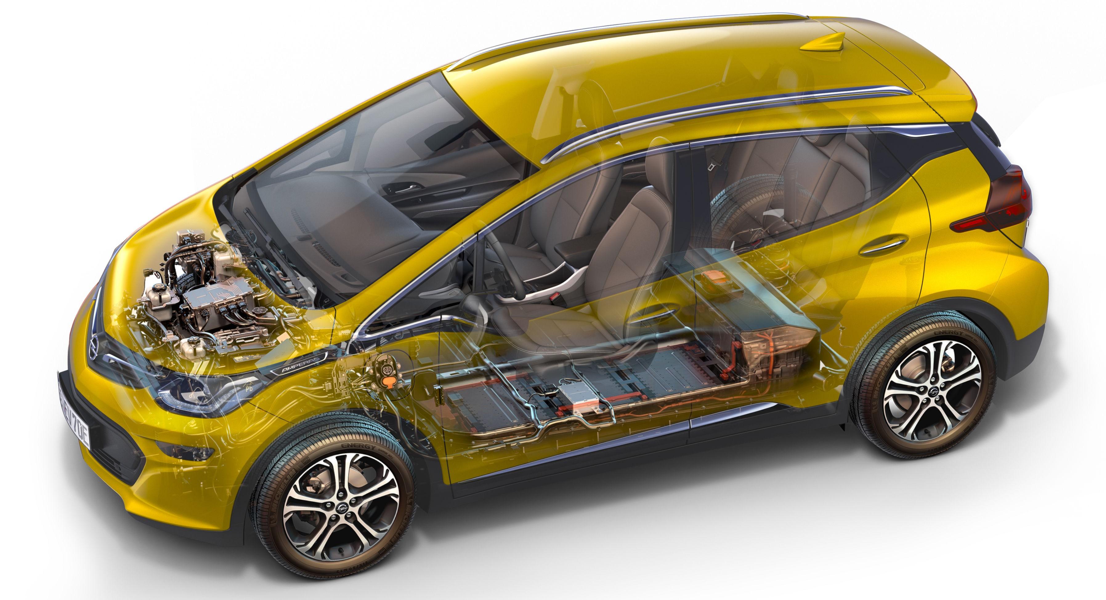BATTERIET SKILLER AMPERA-E FRA KONKURRENTENE: Batteriet er hemmeligheten i alle elbiler og er også det som skiller Opel Ampera-e fra konkurrentene.