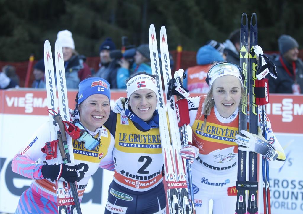 VANT: Heidi Weng vant Tour de Ski sammenlagt foran Krista Pärmäkoski og Stina Nilsson.