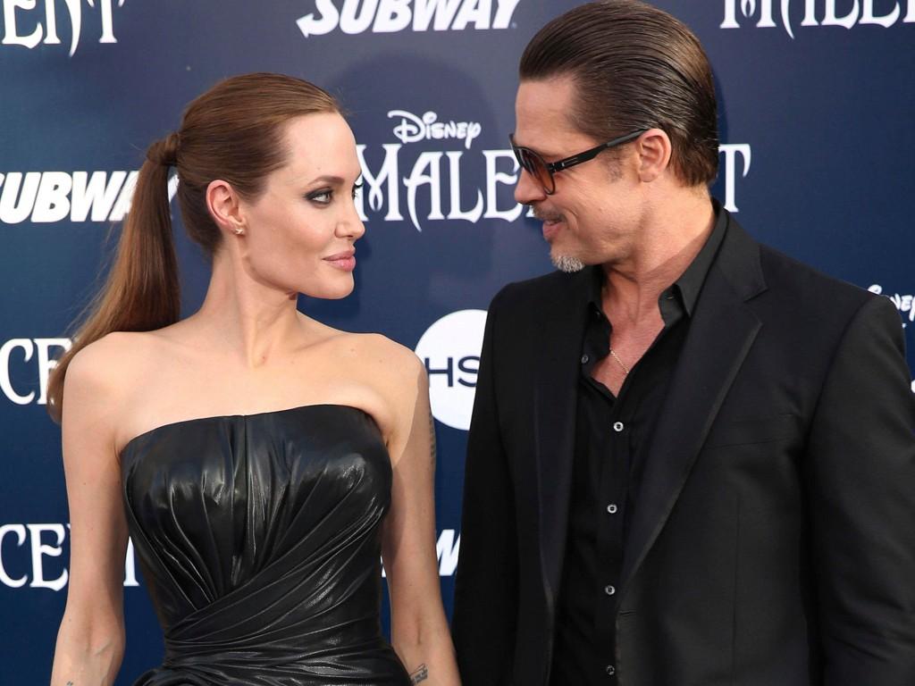 ÉN FRONT: Angelina Jolie og Brad Pitt har skrevet under at de ikke skal hale ut skilsmissen eller opptre med to stemmer.