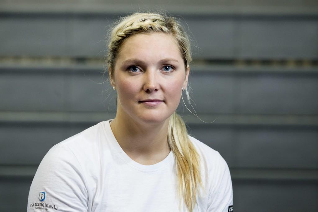 PREGER STEMNINGEN: Marte Høie Gjefsen merker at det er færre skandinaver rundt på verdenscuprennene i skicross. Svenske Anna Holmlund ligger fortsatt lavorlig skadd på sykehus etter ulykken før jul.