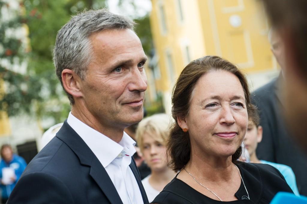 BEDT OM HJELP: Ingrid Schulerud er gift med NATOs generalsekretær Jens Stoltenberg og er Norges ambassadør til Belgia