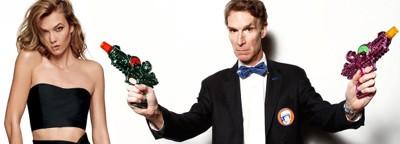 REDDE VERDEN: Sammen med blant andre supermodell Karlie Kloss skal vitenskapsmannen Bill Nye redde verden på Netflix med sitt nye program