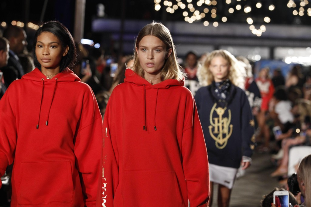 Motevisningen til Tommy Hilfiger under New York Fashion Week - Ready to Wear SS16/17. Foto: Bulls