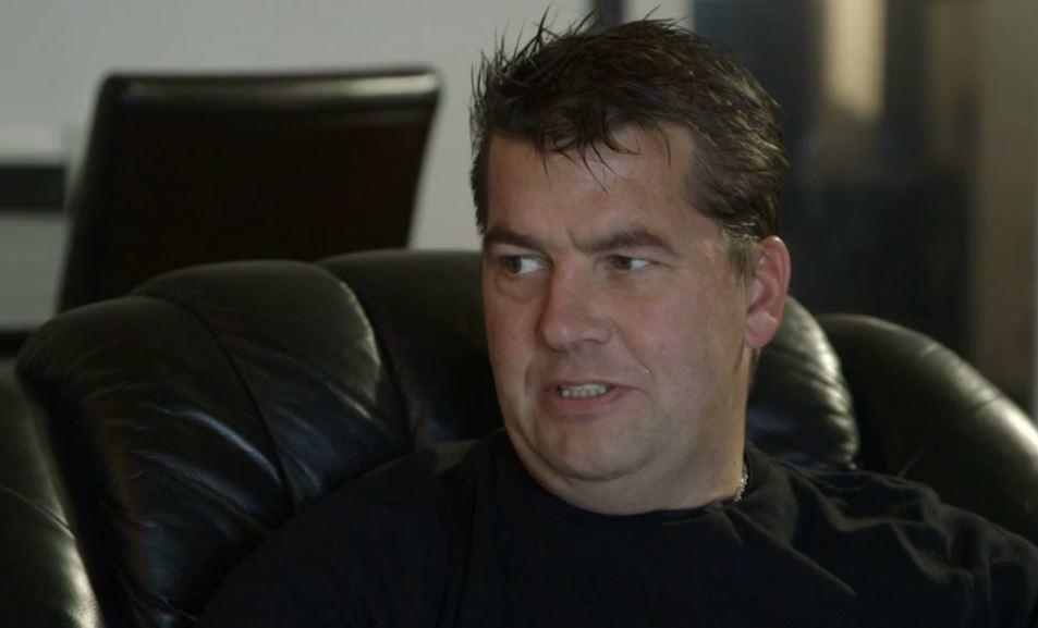 Ronny Alte, tidligere leder for Norwegian Defence Leauge, opptrer dokumentarserien