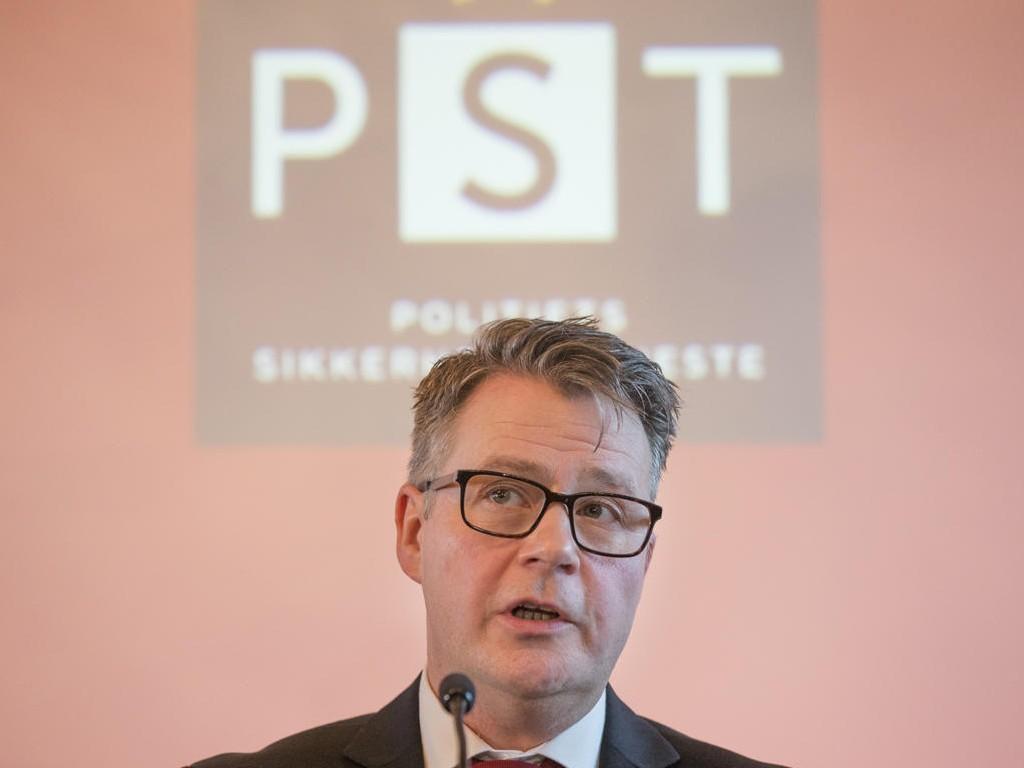 TERRORTRUSSEL: Justisminister Per-Willy Amundsen (Frp) under presentasjonen av trusselvurdering for 2017.