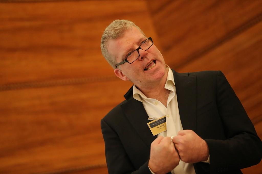 Jon Hustad, journalist, historiker og samfunnsdebattant