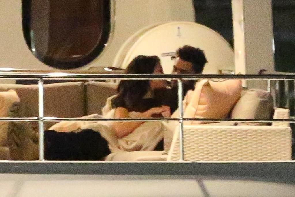 Selena Gomez og The Weeknd tok Valentine's Day på forskudd og dro på date i helgen.
