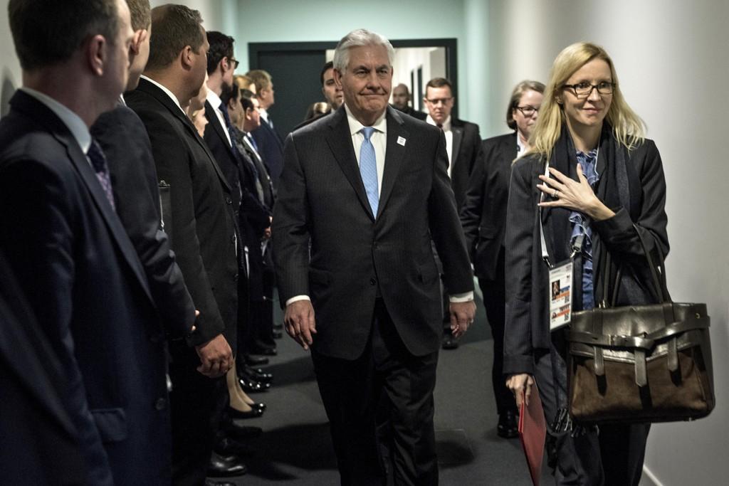 USAs utenriksminister Rex Tillerson er på G20-møtet i Bonn i Tyskland.