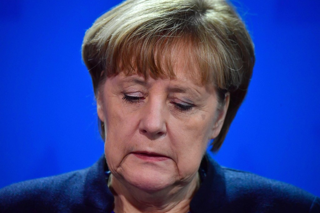 – Det er bortkastet tid og krefter, sier Angela Merkel.