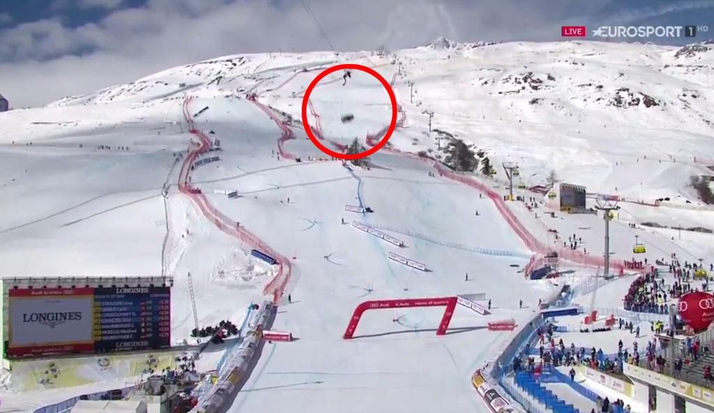 DRAMATISK: Et kamera falt ned i målområdet i St. Moritz.