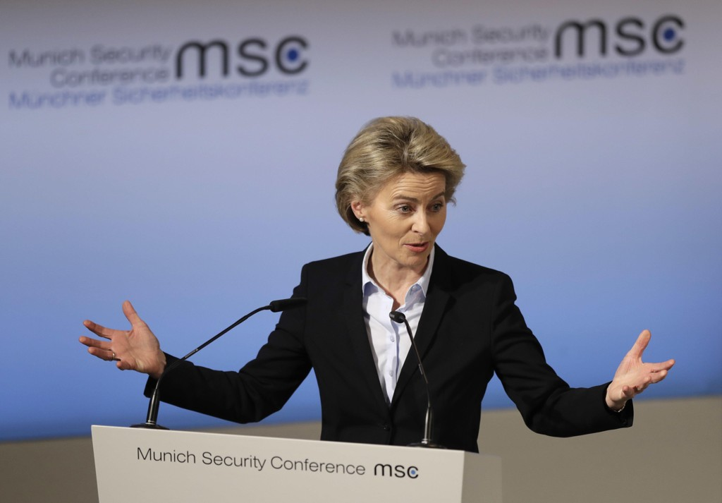 Tysklands forsvarsminister Ursula von der Leyen holdt åpningstalen på Munich Security Conference