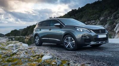 LITE JÅLERI: Folkelig og ujålete, men moderne og praktisk. Nå er prisene på nye Peugeot 5008 klare.