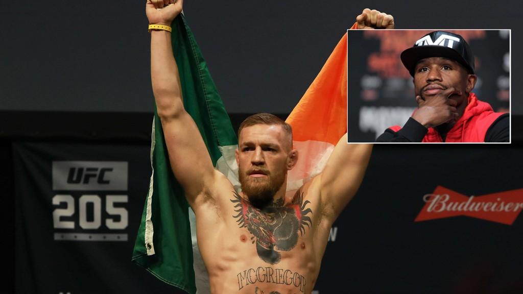 STJERNEKAMP: Floyd Mayweather (innrammet) tror på kamp mot Conor McGregor.