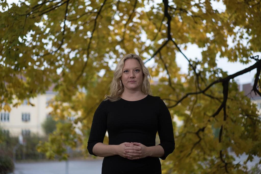 Aina Stenersen vil ta opp kampen mot netthets: - Skriver man noe, så bør man stå for det, mener hun.