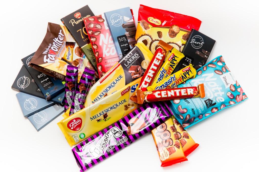 MYE NAM NAM: Vår store smakstest av sjokolade viser at Nettavisens ansatte er noen sukkermonstre, som opplever stor variasjon i hva som er salt og hva som er for mye.