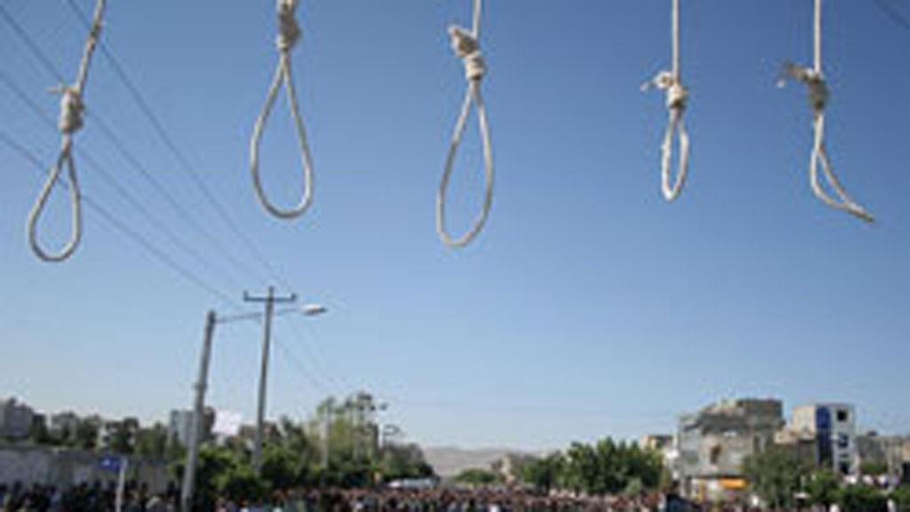 I 2016 ble 530 mennesker henrettet i Iran i 2016, ifølge Iran Human Rights årlige rapport. Blant dem var det fem mindreårige.
