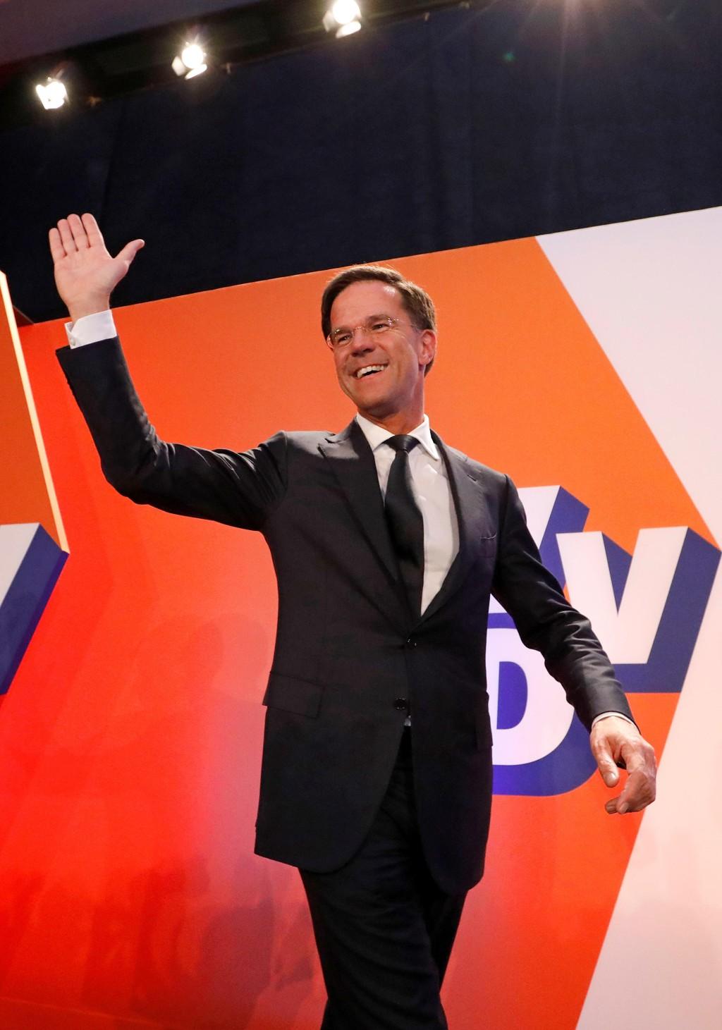 Rutte tros bli hollandsk premiarminister