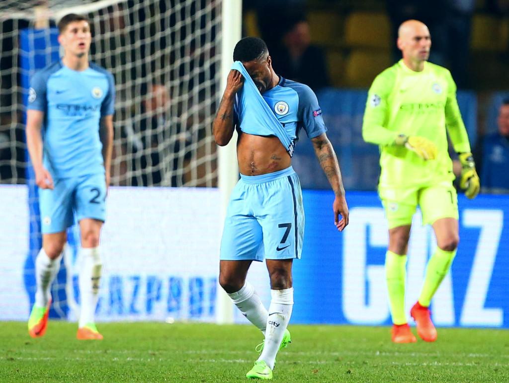 GLIPP x 2: Raheem Sterling spilte ikke sin beste kamp i Manchester City-drakta mot Monaco. Her fortviler kantspilleren etter et av flere baklengsmål som burde vært unngått.