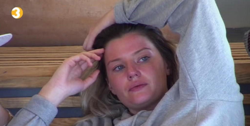 Sofie Nilsen er sliten i kveldens episode, og veldig spent før parseremonien.