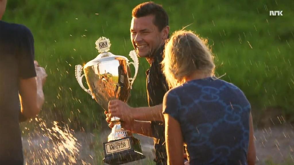 VINNER. Anders Jacobsen vant Mesternes Mester etter en nervepirrende finale mot Helene Olafsen.